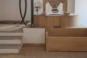 Componenti (in legno di rovere) di un mulino ad acqua.