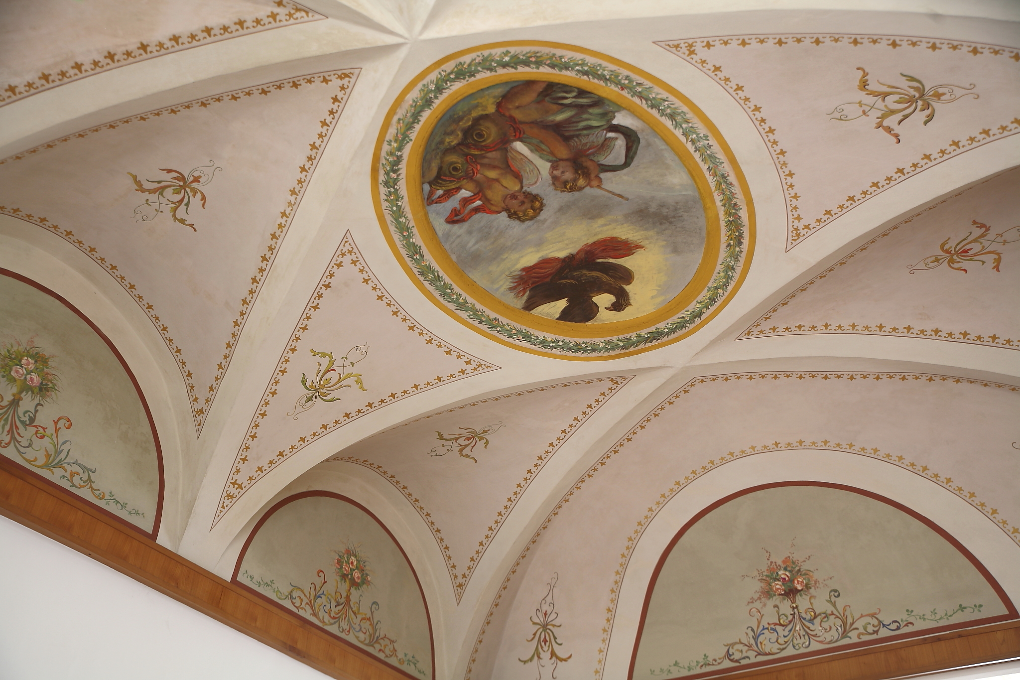 Mastro t restauro falegnameria design - Soffitti decorati ...