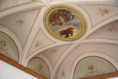 Palazzo storico. Soffitto dipinto di un appartamento privato.