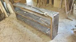 Legature a vista in legno di rovere.