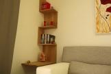 Libreria ad angolo in rovere. Libreria da parete, sospesa.